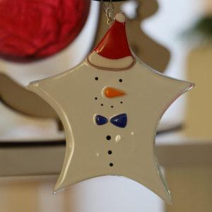 étoile bonhomme de neige en verre à suspendre dans le sapin