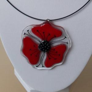 collier pendentif en verre coquelicot rouge fait main